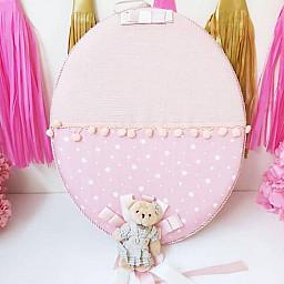 Ayıcıklı Pembe Yıldız Kumaşlı Bebek Odası Kapı Süsü Lüks