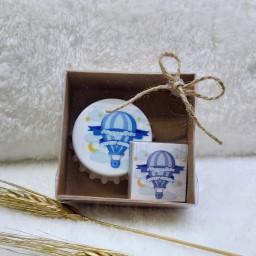 Kutu İçerisinde Kapak Açacak Magnet ve Madlen Çikolata  Bebek Şekeri Bebek Magnetleri